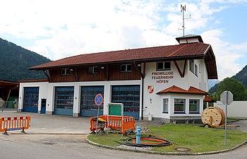 Feuerwehrhaus Höfen, Tirol.jpg