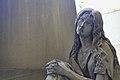 Figura di donna triste Cimitero di Staglieno.JPG