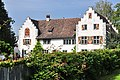 Flaach - Schloss mit Oekonomie, Trotte und Brunnen, Schloss 396 2011-09-25 13-20-26.JPG