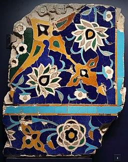 Floral tile mosaic V&A 728-1888