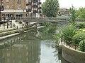 Footbridge over the Brent - geograph.org.uk - 945697.jpg
