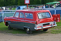 Ford Zodiac 206E Estate 1960 rear.jpg