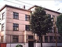 Former Kaunas Hebrew Realgymnasium Building in 2000.jpg