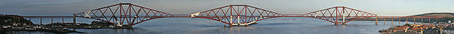 Forth rail bridge head-on-panorama josh-von-staudach.jpg