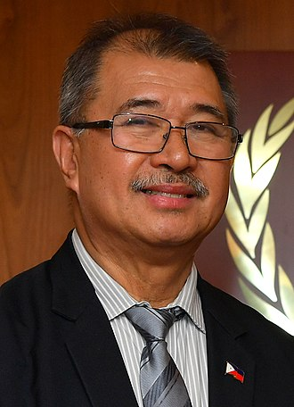 Secretary of Science and Technology (Philippines) - Image: Fortunato dela Pena (05010376) (45364247344) (cropped)