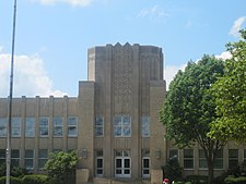 Front view of Ruston, LA, High School IMG 3837.JPG