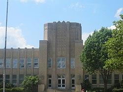 Front view of Ruston, LA, High School IMG 3837.JPG