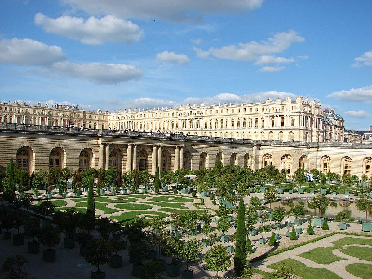 Gardens Palace Of Versailles Exterior 10