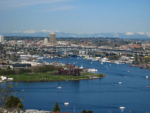 Views of Gas Works Park and Lake Union facing ...