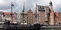 Gdańsk, statek wycieczkowy przy Długim Pobrzeżu (15252733927).jpg