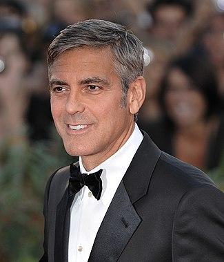 George Clooney – americký herec, filmový režisér, producent a scenárista na 66. ročníku Benátského filmového festivalu v roce 2009.