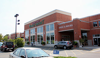 Giant Eagle - Giant Eagle Market District at the Kingsdale Shopping Center in Upper Arlington, Ohio