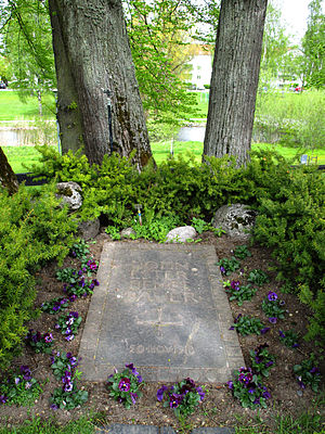 Ester Ellqvist - Grave of Ester Ellqvist, John Bauer and their son Bengt