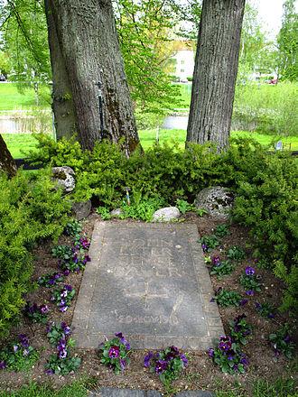 Ester Ellqvist - Grave of Ester Ellqvist, John Bauer and their son Bengt