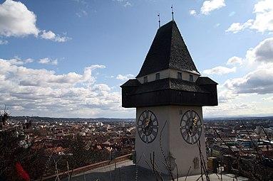 Graz Uhrturm 2012.jpg