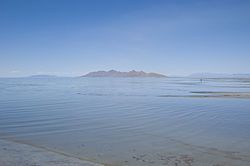 Great Salt Lake (June 2008).jpg