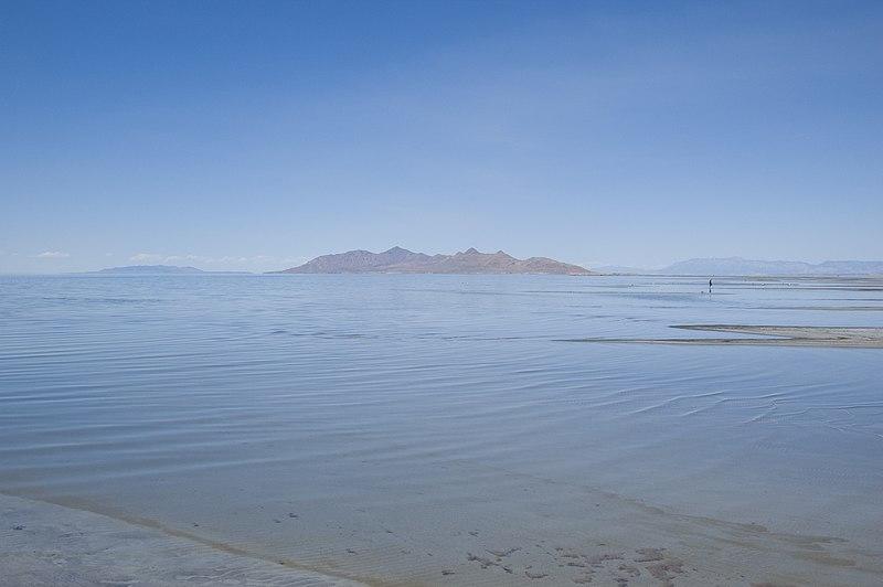 File:Great Salt Lake (June 2008).jpg