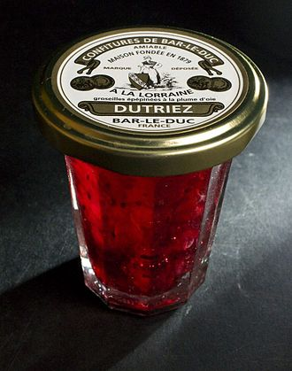 Bar-le-duc jelly - A jar of red currant jam