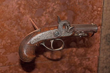 Gun used to assassinate Abraham Lincoln on display at Ford's Theatre, Washington, D.C.jpg