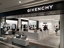 HK CWB 銅鑼灣 Causeway Bay 時代廣場 Times Square mall shop Givenchy June 2020 SS2 09.jpg
