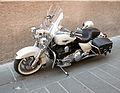 Harley-Davidson Road King white.jpg