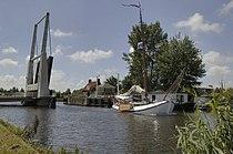 Hefbrug bij Hillegom over de ringvaart - Hillegom - 20387617 - RCE.jpg