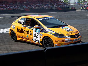 Honda Dreamscape Show - Honda Civic British Touring Car - Flickr - Alan D.jpg