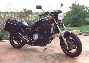 justanswer   fordlincoln 6hoiq2002lincolnnavimissingfuse302willthisproblem also Honda Sabre likewise Watch as well 87 Honda Magna Wiring Diagram also Wiring Diagram For 1984 Honda Shadow. on 1985 honda v65 magna