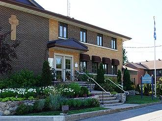 Notre-Dame-de-l'Île-Perrot - Town hall