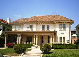 South Serrano Avenue Historic District - Image: House at 409 S. Serrano Avenue, Los Angeles