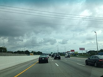Interstate 75 in Tennessee - I-75 north, along its concurrency with I-40 east in Knoxville