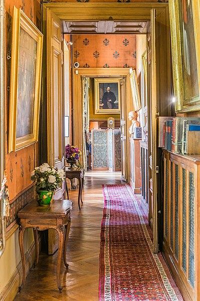 File:Interior of the Castle of Montrésor 14.jpg