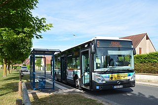 Irisbus Citelis 12 n°262 TCAT - Saint Germain Courcelles.JPG