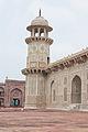 Itmad-Ud-Daulah's Tomb 04.jpg