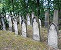 Jüdischer Friedhof Bornkampsweg 28.jpg