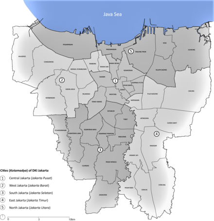 Map of the municipalities (Kota administrasi) in Jakarta province. Each city is divided into districts (Kecamatan). Jakarta districts.png
