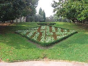 Parques y jardines de barcelona wikipedia la for Arreglo del jardin