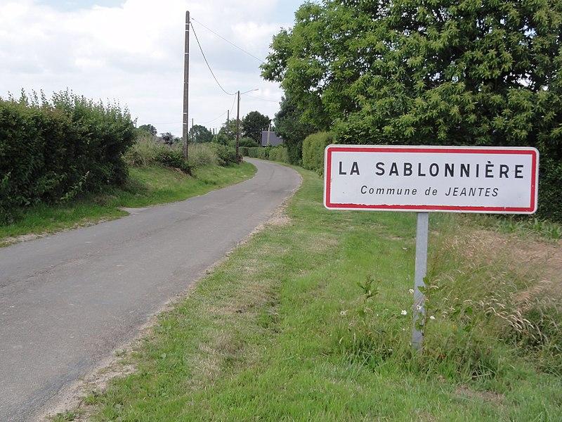 Jeantes (Aisne) city limit sign La Sablonnière