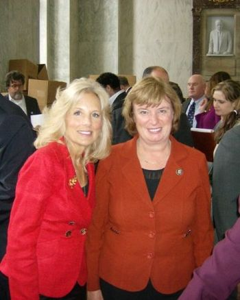 English: Dr. Jill Biden and Rep. Carol Shea-Porter