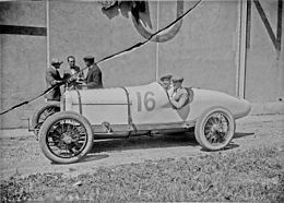 Joe Boyer at the 1921 French Grand Prix.jpg