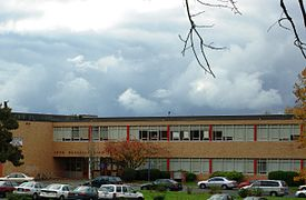 John Marshall High School - Portland, Oregon.JPG
