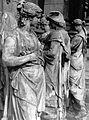 Közgazdaságtudományi Egyetem épületét díszítő szobrok a rekonstrukció alatt. Fortepan 17156.jpg