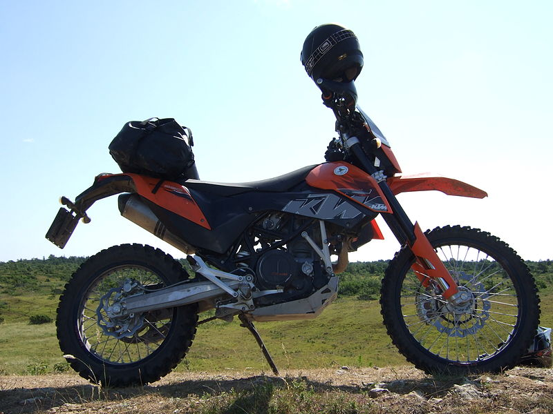 File:KTM 690 Enduro.JPG