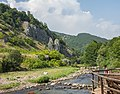 Kanjon reke Temšice pogled iz kafića.jpg