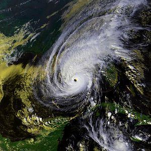 Hurricane Kate (1985) - Image: Kate 20 nov 1985 1950Z N9