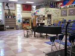 1906e017bcbd Theodore Roosevelt High School (Kent