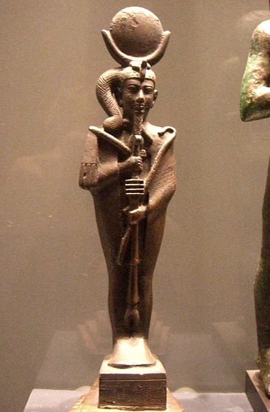 Archivo:Khonsu statuette bronze Louvre E4109-01.jpg