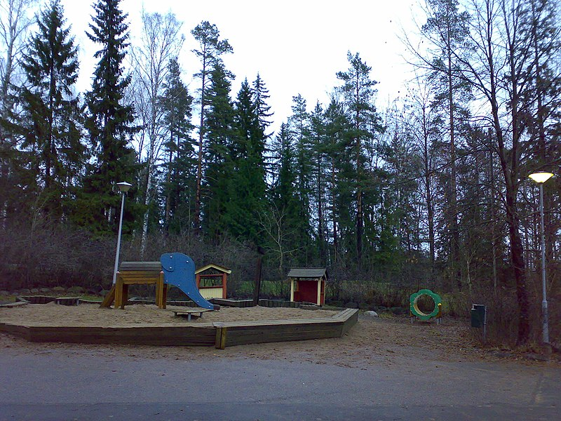 Tiedosto:Korso play park 3 December 2006.jpg