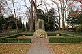 Kriegerdenkmal auf dem Friedhof Meitzendorf-2.JPG