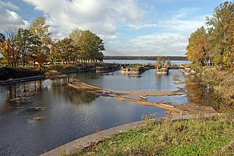 Shlisselburg - The sluices of the Ladoga Canal